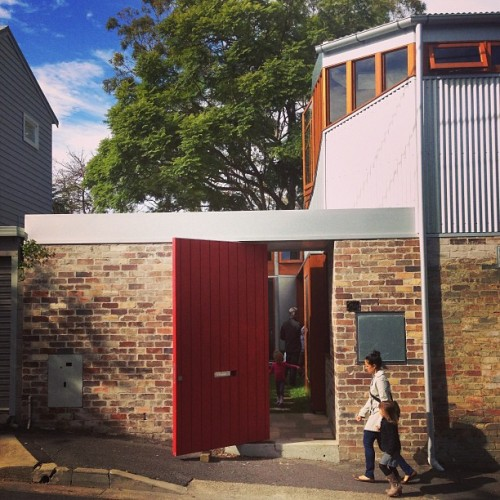 benpeake:  Cowshed House by @carterwilliamson_architects #sexydoor