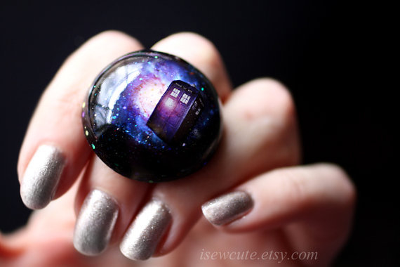 prettypollyanna:  Time Travelling Galaxy Ring by isewcute on Etsy