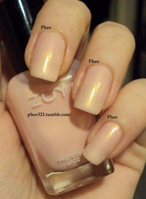 phee321:  Zoya Erika (3 coats) Beautiful polish, great formula <3 xo Phee