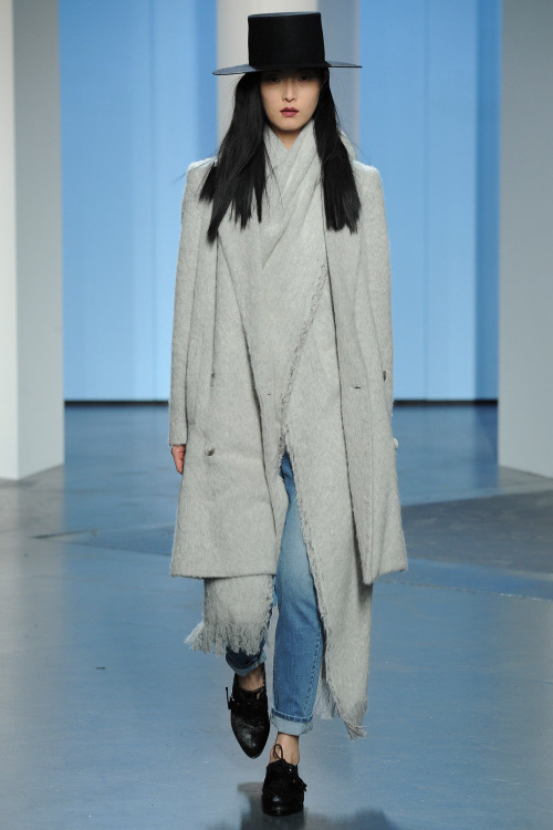 oncethingslookup-tibi-fall-2014-rtw