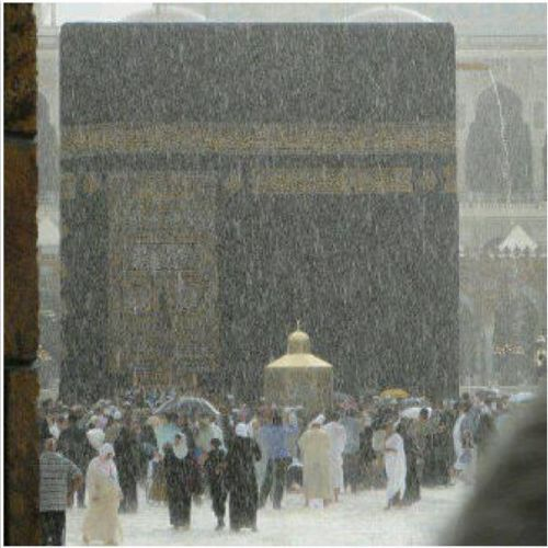 islamic-art-and-quotes:  Heavy Rain at Masjid al-Haram (Makkah) From  the Collection: The Ka`baOriginally found on: theker