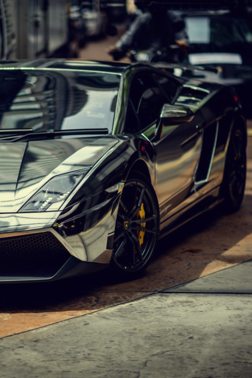 johnny-escobar:  Chrome Gallardo Superleggera