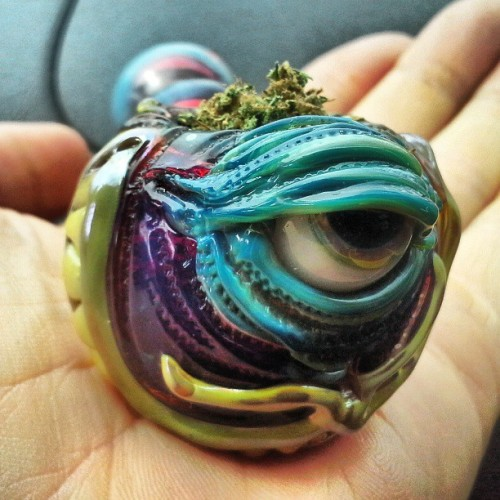 -keepsmiling:  0gre:  fuck this pipe is beautiful  That's so cool