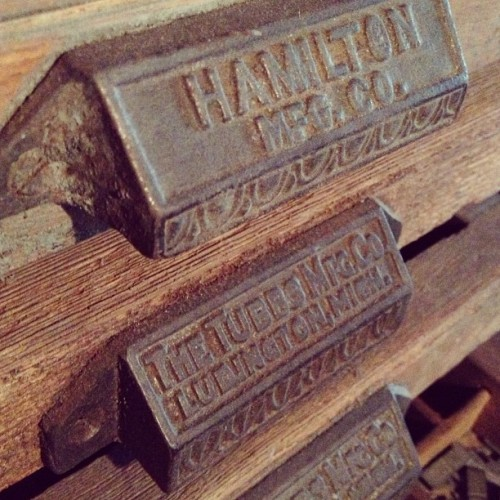 The @hamiltonwoodtype handles are fairly common, but I've never seen one from Tubbs Mfg. Co.