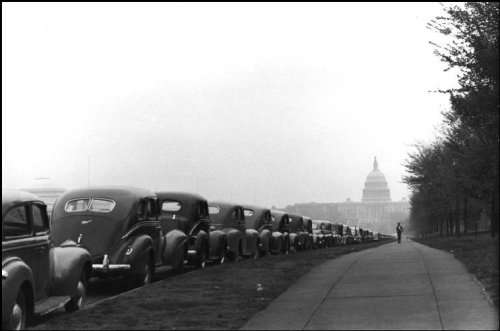 adanvc:  Washington, DC. 1947. by Henri Cartier-Bresson
