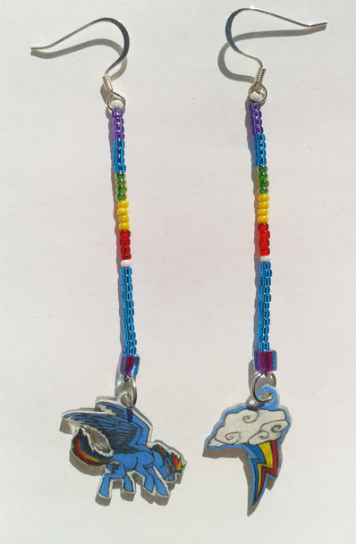 Earrings featuring Rainbow Dash from MLP: FiM.  If you are interested in seeing more pictures or perhaps even buying it you can visit it here!