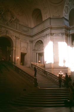 h4rp:  San Francisco City Hall (by Josh Blank)