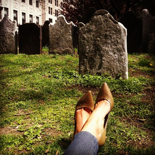 Quiet lunch in the park.  (at St. Paul's Cemetery)