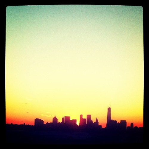 Sunset on Manhattan skyline (at Manhattan Avenue)