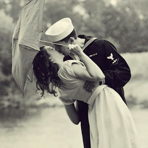 Kiss me, my darling.  on We Heart It - http://weheartit.com/entry/58986439/via/aritafn   Hearted from: http://8tracks.com/julie-arden/kiss-me-my-darling#smart_id=tags:happy+study