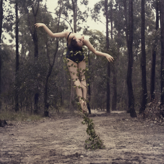 Incredible dancing self-portraits from a former dancer