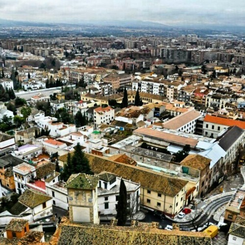 The breathtaking view of #Granada city from the Hotel Alhambra Palace. #giwtravel #giwspain #giwgranada #mytravelgram #travelingram #gf_brunei #brunika #alhambra #giwflashback  (at GIW Travelogues)