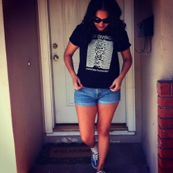 BABE in a jd tee. dreamgurl