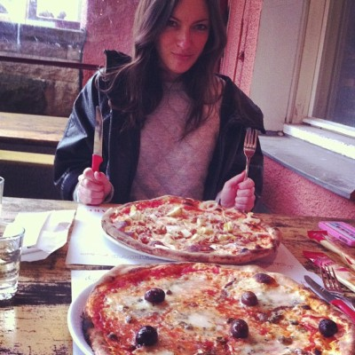 Mega-Pizza-Action with Julia! (at Pizzeria La - Cucina Trattoria)
