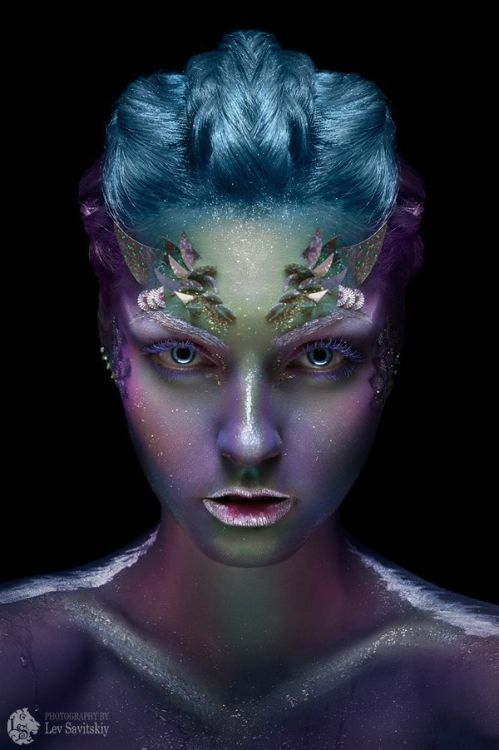 photography beauty photography make-up theatrical make-up cosmic irridescent colour colourful pretty beautiful creative design glitter