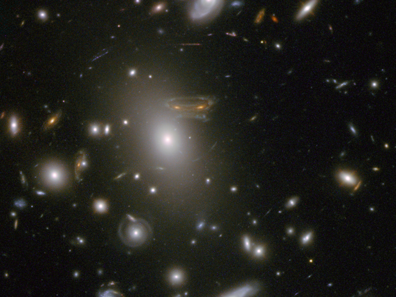 Image description: The Hubble telescope sees a 'Space Invader.' 