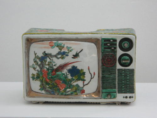 rosewaterfinish:  Porcelain Televisions Created by Ma Jun