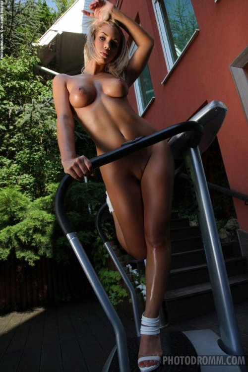 thehottesthere:  http://www.thehottesthere.com/  For more hot pics and videos follow: racock.tumblr.com