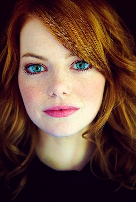 helena-purelife:  Emma Stone on We Heart It - http://weheartit.com/entry/62056086/via/helena_mathers   Hearted from: http://pinterest.com/pin/467952217501869129/