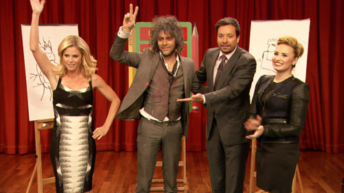 Jimmy and Demi Lovato square off against Julie Bowen and Wayne Coyne in an intense Pictionary battle!