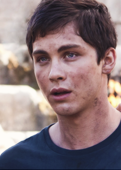 thejbmagic:   →Logan Lerman +Percy Jackson & The Sea of Monsters