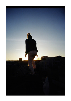 joewebs:  Viktorija on the roof, Hackney Central
