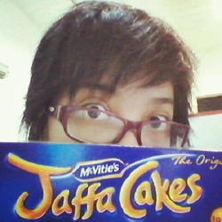 My roommate gave me a WHOLE box of jaffa cakes from her trip to Europe. This excites me somehow.