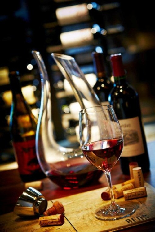 hisprincessblueeyes:  ~ time for a glass of wine