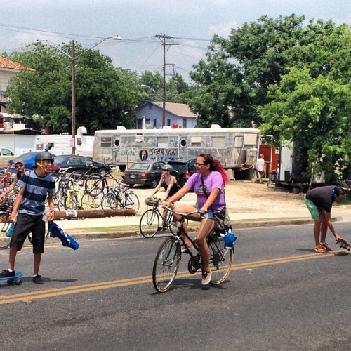 #viastreetsaustin  (at Fast Folks Cyclery)