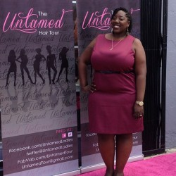 On the pink carpet for International Natural Hair Meetup weekend! #untamedladies #naturalhair #naturallycurlykinky #teamnatural #naturalhairblogger #naturalhairdontcare  (at Shoe Fanatix)
