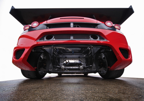 Engine theft Starring: Ferrari F430 GT2 (by Gordon Calder)