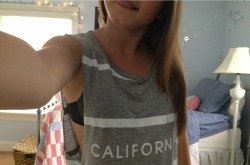 license2tumbl:  my favorite shirt atm (: