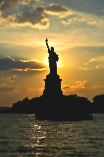 denisephotographyx3-nyc-lady-liberty-strong