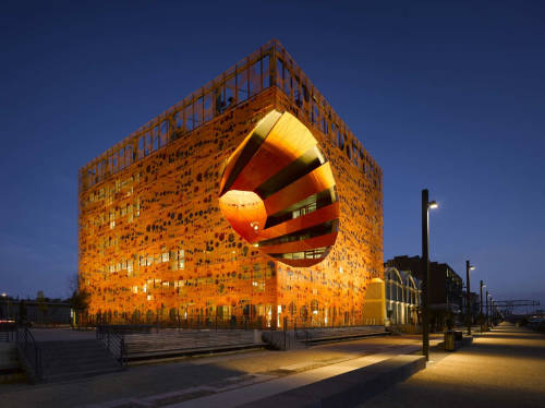 loco-et-tempore:  The Orange Cube / Jakob + Macfarlane Architects Quai Rambaud, Lyon, France