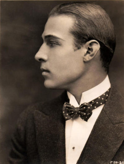 And another of the gorgeous birthday boy!  Rudolph Valentino May 6, 1895 – August 23, 1926