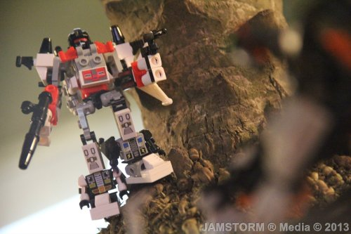 """Autobot Aerial Commander!""  Date: March 7, 2013 Theme: Brick World Adventures! Where: Fountain Area in Mall of Asia, Pasay City, Philippines Models: Superion (Kre-O TF Combiners) Hasbro + OxFord Korea Camera: Canon EOS 60D / Kit: EF-S 18-135mm IS Production Date: March 6, 2013"
