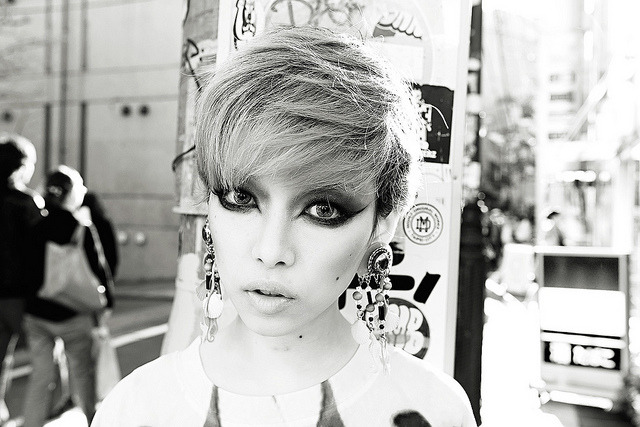 jefferylewis:  Hirari Ikeda, Harajuku by tokyofashion on Flickr.