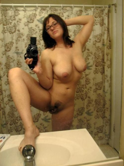 reallysexyselfshots:  Come check out my site at reallysexyselfshots.tumblr.com  Make sure to follow me  Send Female Pictures using kik: reallysexyselfshots