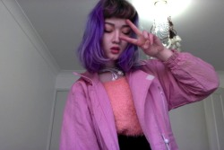 pretzeljesus:  yo its ur candy coloured gal lookin like a major dweeb