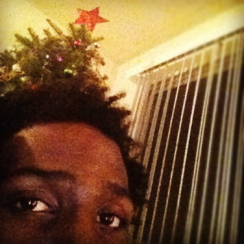 lasirenenoire:  chrimuh tree oh chrimuh tree #dj #christmastree #christmaseve