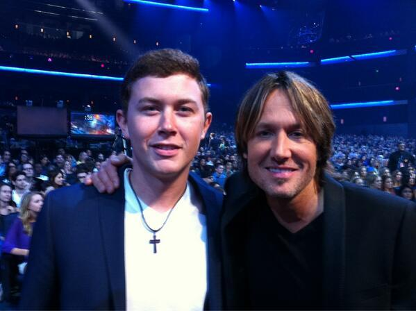 Keith Urban - Here at the @AmericanIdol Finale @ScottyMcCreery meets with @KeithUrban