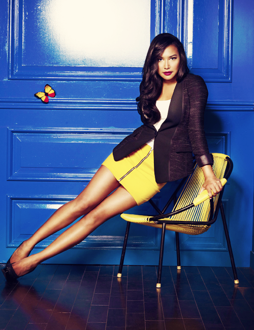 mystique-raven:  4/100 pictures of naya rivera