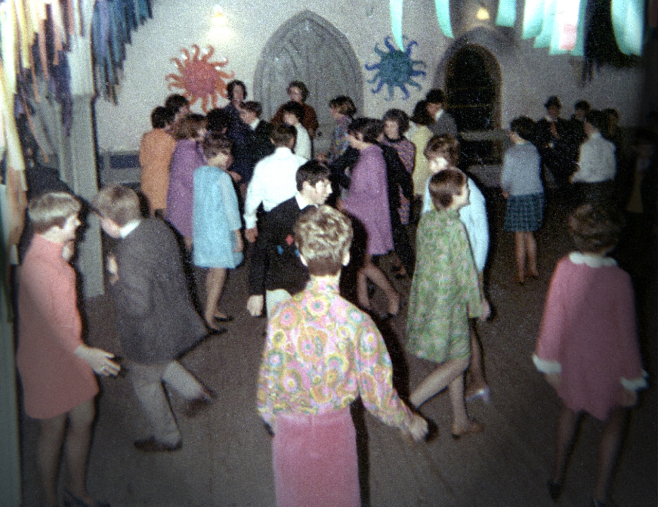 savetheflower-1967:  HIgh School dance, 1967.