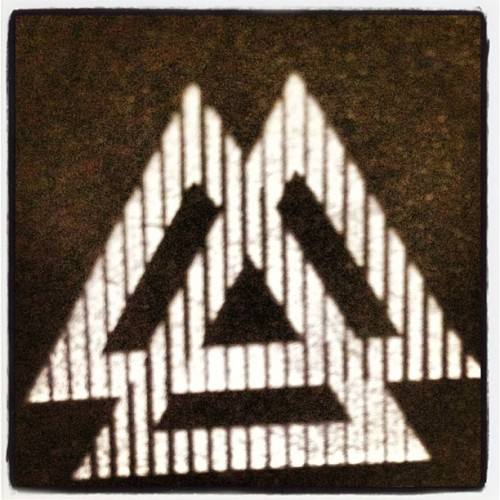 Triad Triad #TriadAlert @30SECONDSTOMARS WOOT WOOT #MarsMay21 3 More Days 🎶