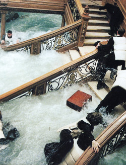 kidxforever:  the-blvck-aphrodite:  Name that movie  Titanic