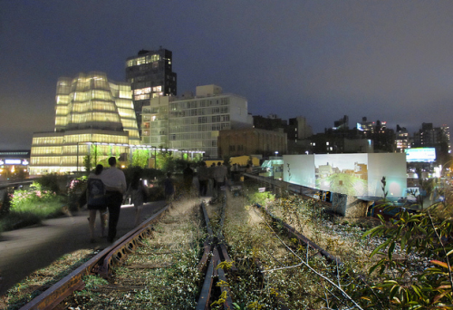 Composite photo: The High Line in New York, before and after it was converted into a park. Made in GIMP for this story.