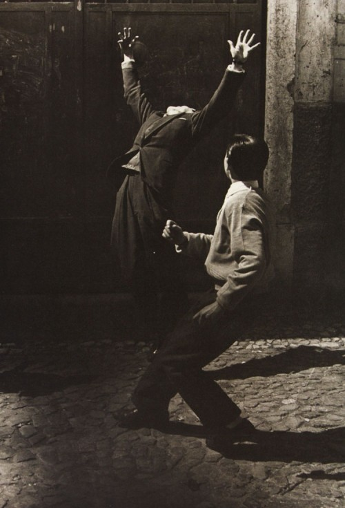 lonehands:  Lisboa, 1957 by Gerard Castello Lopes As seen on the cover of The Book of Disquiet by Fernando Pessoa