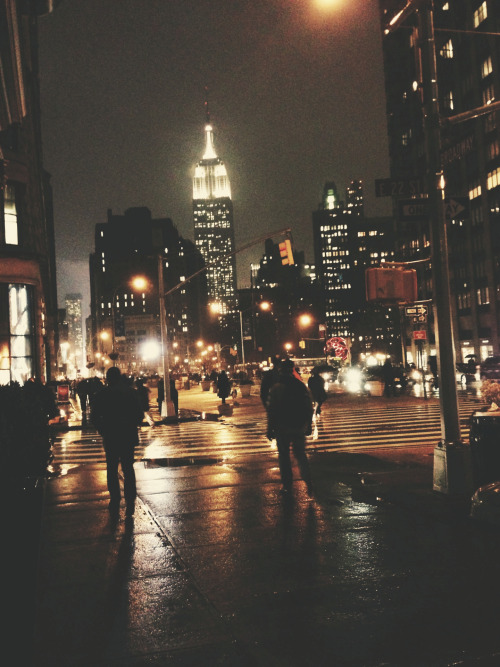 sleeplessseattleite:  bryant:  sometimes when i walk around these streets i feel like i'm in a movie.  Dream-like.