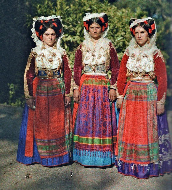 p-dress:  The First Color Photographs of Greece, 1913