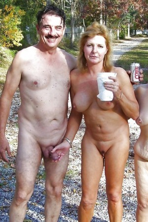 Topless gogo girls monster magnet concert german television - 3 part 10